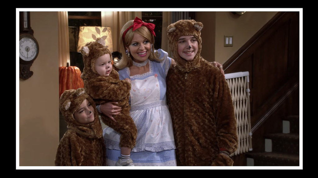 DJ Fuller dressed as goldie locks and her three bears